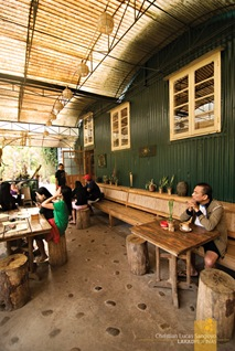 Al Fresco Breakfast at Sagada's Cafe Bodega