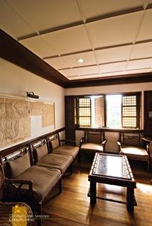 Corregidor Inn Interiors