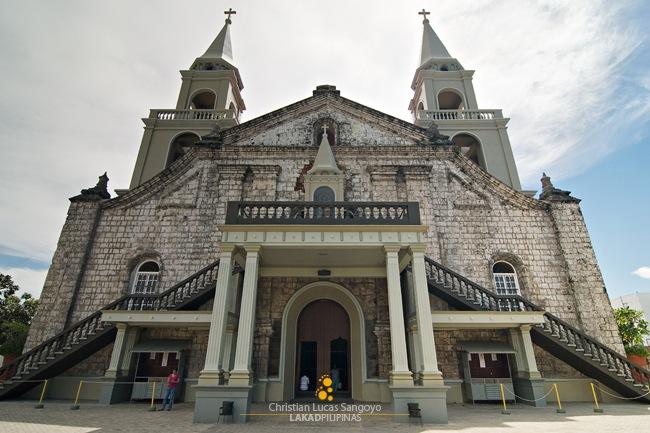 Jaro Cathedral's Mixed Facade