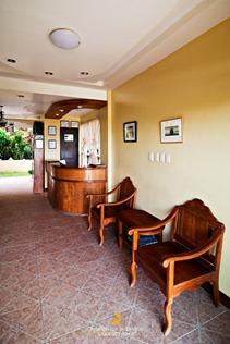 Mt. Tapyas Hotel's Mini Lobby