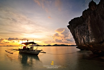 Sundown at Banol Beach in Coron