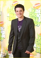 josh-hutcherson-kids-choice-awards-04