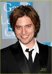 jackson-rathbone-evening-women-01