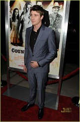 garrett-hedlund-minka-kelly-faith-hill-tim-mcgraw-country-strong-premiere-03