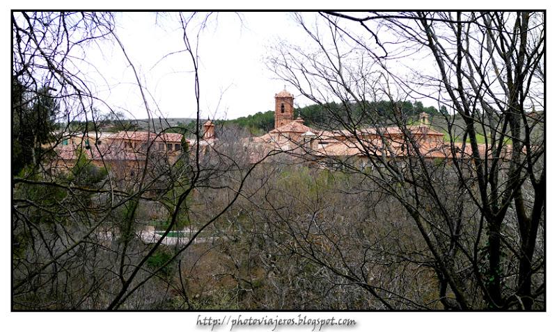 Monasterio desde Cascada de los fresnos
