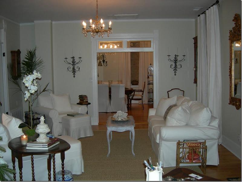 whitelivingroom003