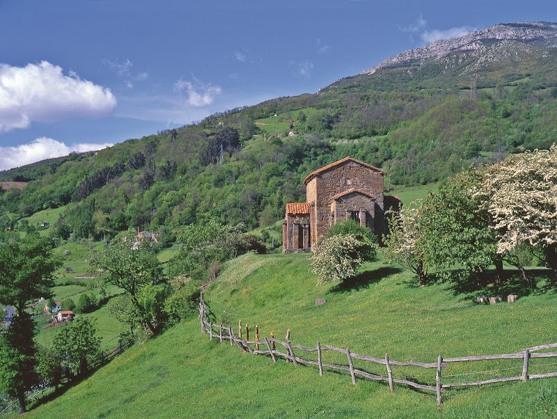 Iglesia prerrománica Sta Cristina de Lena