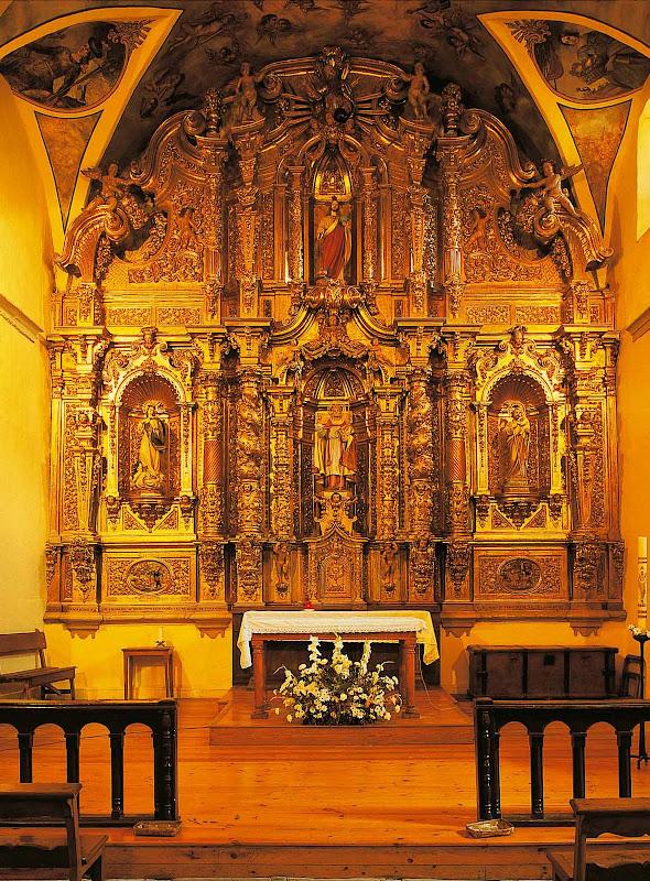 Retablo del altar mayor de San Félix de El Pino (Aller)
