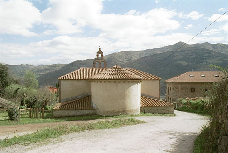 iglesia de San Marino LENA