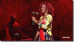 tn-by_mah0ne-Rihanna_Performing_At_Saturday_Night_Live_30.10.10_014
