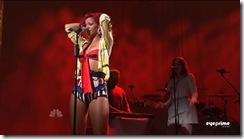 tn-by_mah0ne-Rihanna_Performing_At_Saturday_Night_Live_30.10.10_019