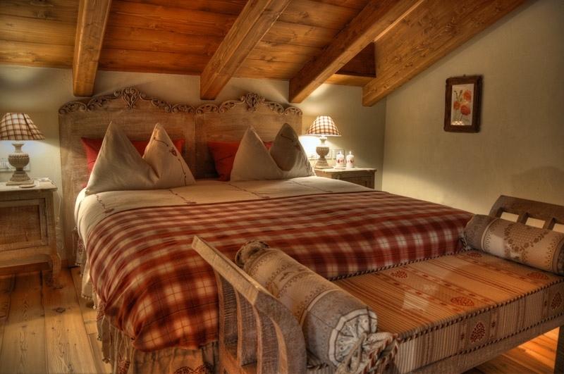 Squarciomomo la casa delle favole di montagna - Camere da letto bellissime ...