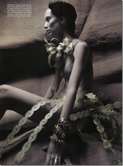 Vogue Italia beauty editorial arte, more freak show blog (2)