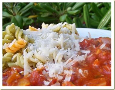 pâtes poulet tomates parmesan