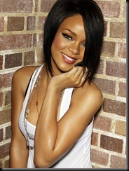 Rihanna-08-big