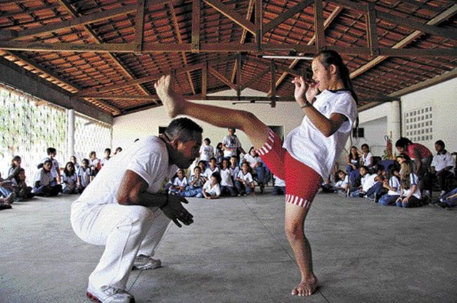 [capoeira_inclusiva[10].jpg]