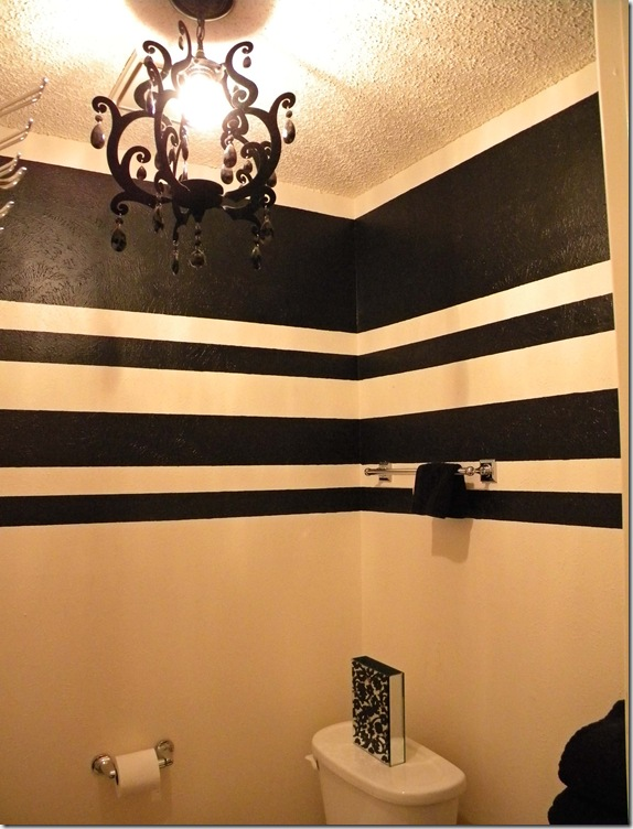 Everything design painting stripes on textured walls a for Painting stripes on walls