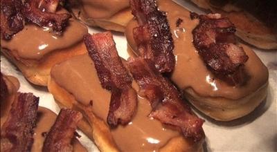 donutsbacon.jpg