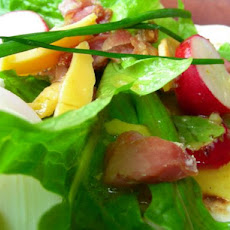Taylor's Landing Spinach Salad With Honey-Mustard Dressing