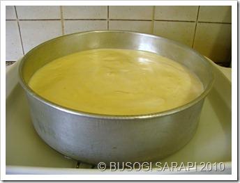 L.flan cake in water bath© BUSOG! SARAP! 2010