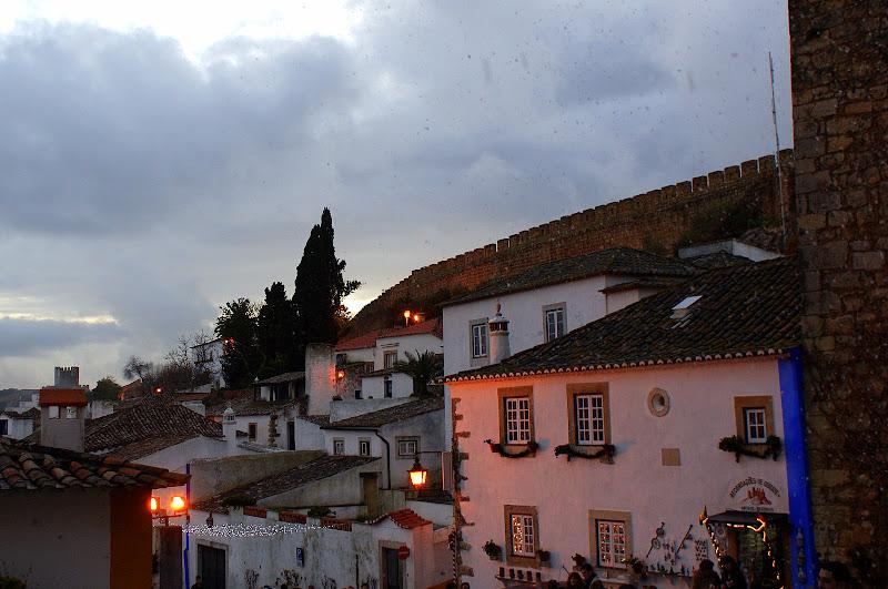 Cae a noite em Óbidos