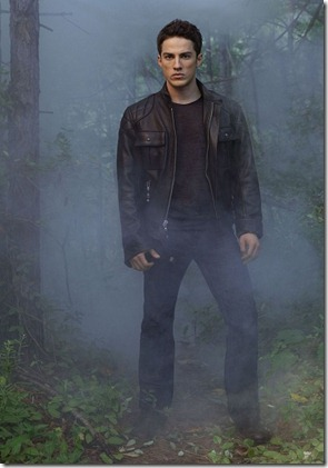 The-Vampire-Diaries-promo-photo-Michael-Trevino