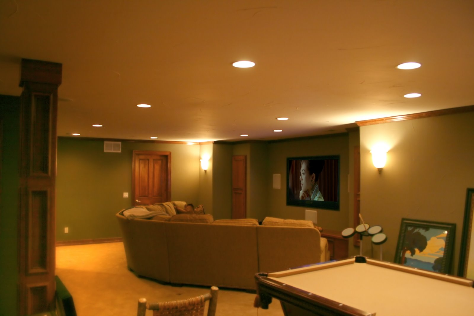 Home theater screen paint home painting ideas - Living room home theater ...