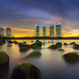 Sunset over Regatta by Jose Hamra - Landscapes Sunsets & Sunrises ( waterscape, sunset, jakarta, sunrise, landscape, regatta,  )