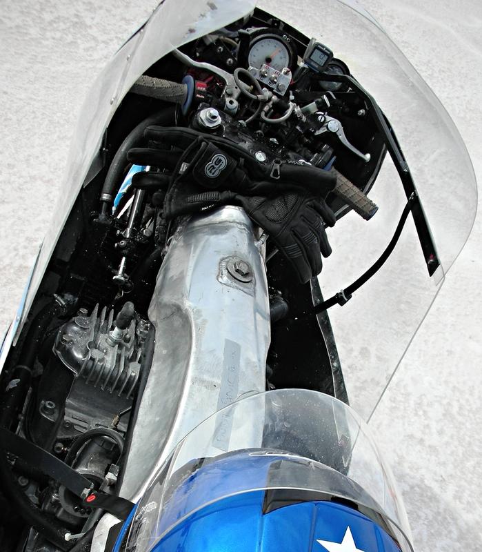 Brett Stopp y su Suzuki GT 750  FeverRiderView
