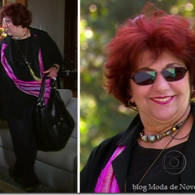 Último post de looks da Madame Gilda da novela Escrito nas Estrelas