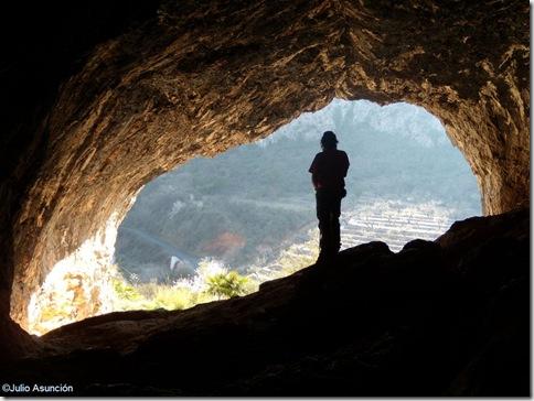 Pla de Petracos - interior gran cueva - Castell de Castells
