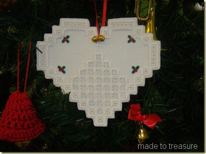 hardanger christmas heart