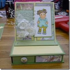 Tilda_Trinket_card_topper