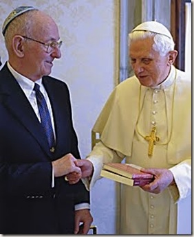 Benedicto XVI con el Rabino Neusner