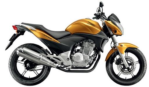 CB 300 amarela