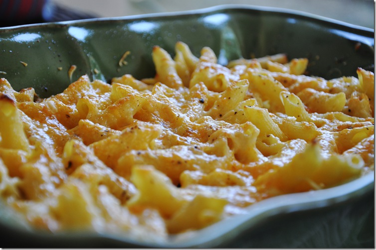 cheezy mac {and cheese} 007