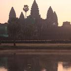 Angkor Wat hiton aikasin aamulla