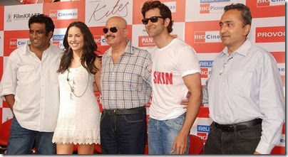 Hrithik Roshan, Rakesh Roshan and Barbara Mori at Kites promotional event
