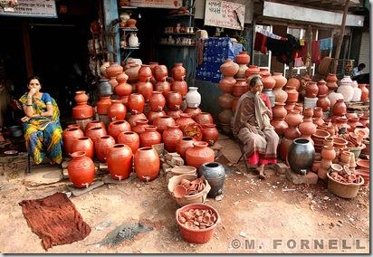 800px-Mumbai_Slum_Economy
