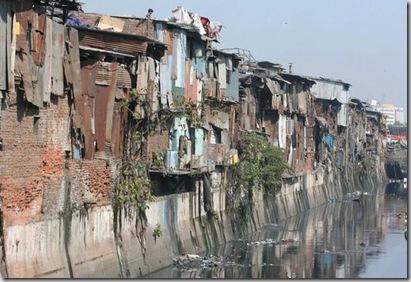 267565-Dharavi-Slum-Mumbai-0