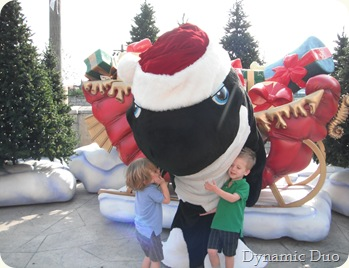 shamu claus...i want a fire truck