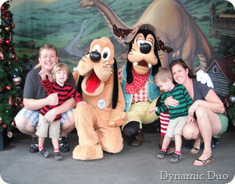 family with pluto and goofy