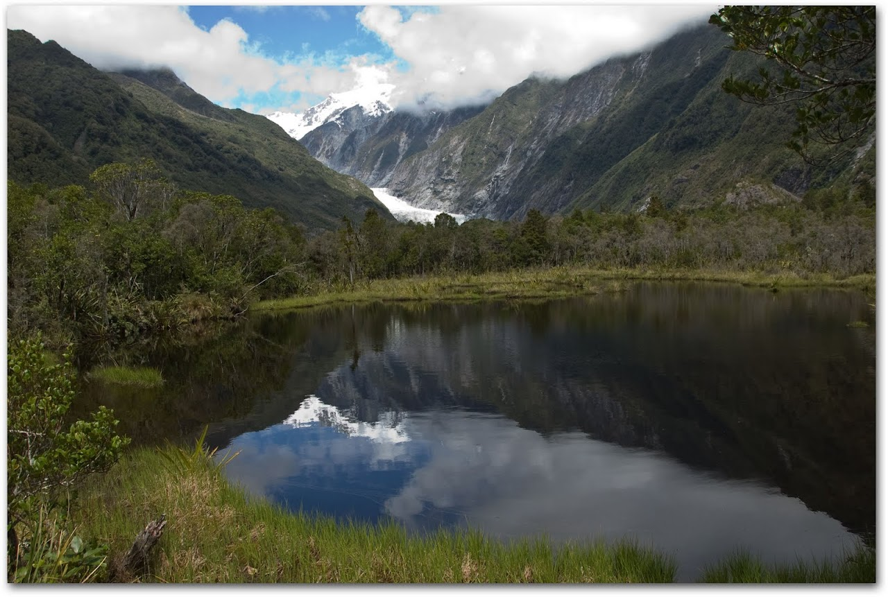 Franz Josef glacier in lake