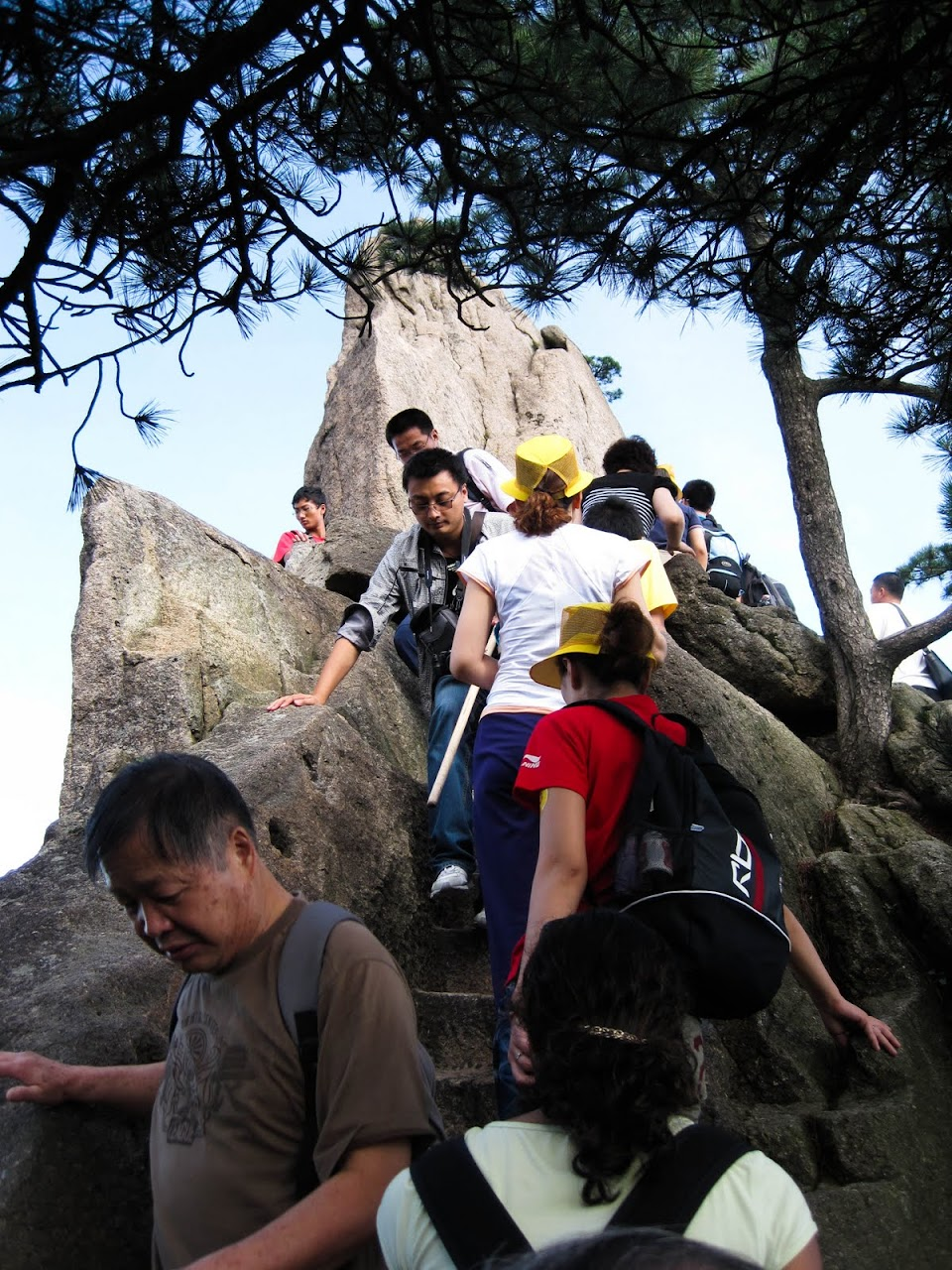 Climbing up and down Huang Shan