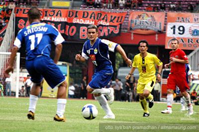 Satoshi Persija vs Persib 2009/2010