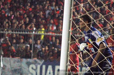 Gonzales Persijap vs Persib 2010