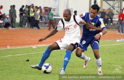 Airlangga Pelita Jaya vs Persib 2009/2010