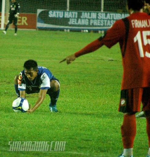 Budi Sudarsono Persib vs Pelita Jaya 2009