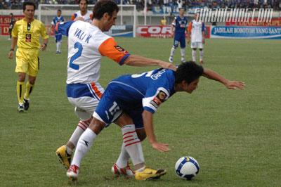 Suchao Nuchnum Persib vs Persitara 2009