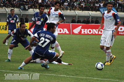 Persib vs Persitara 2009